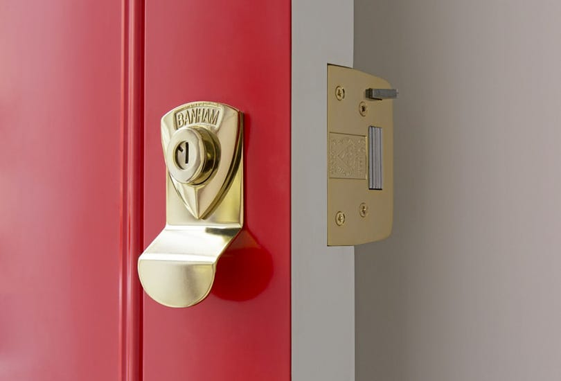 "How To Choose A ""Smart Lock"" For Your Front Door"