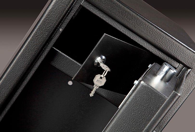 Gun Cabinets & Gun Safes